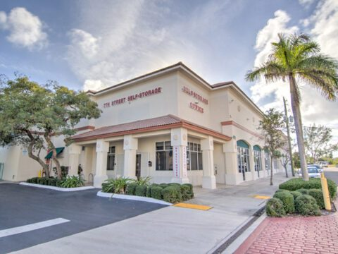 Self Storage Units in West Palm Beach – 7th Street
