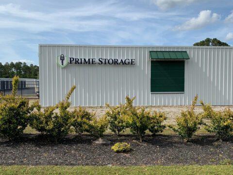 Self Storage Units in Newport – Highway 24