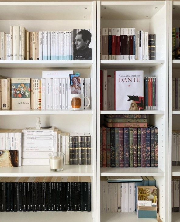 Downsizing your bookcase when moving after retirement