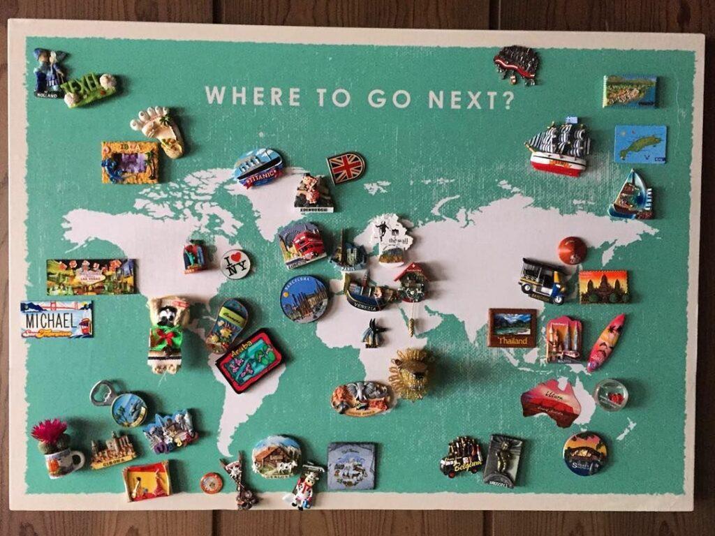 Souvenirs Magnet Map Display